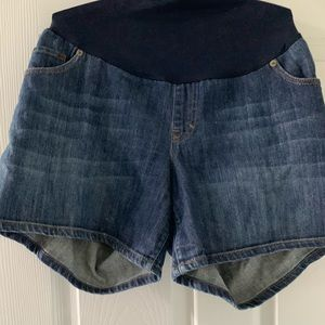 Liz Lang maternity shorts jean barely worn! XL